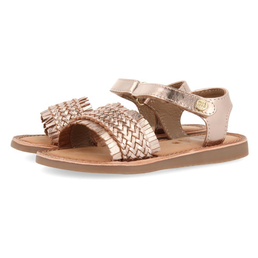 Sandalia Trenzada con velcro Cobre